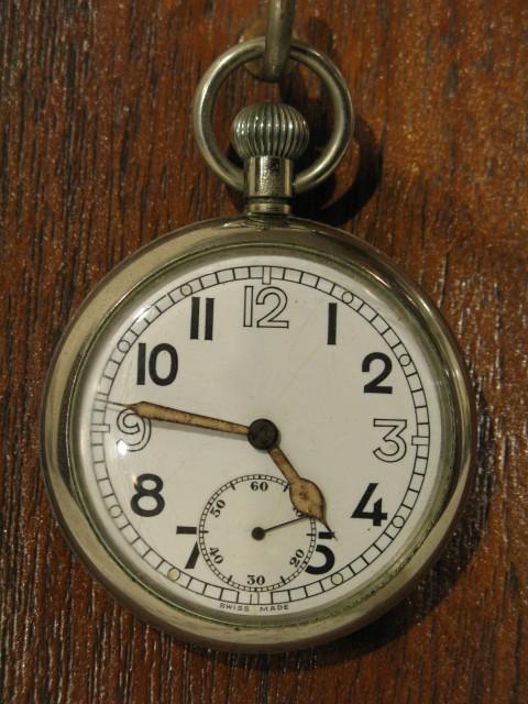 懐中時計 英国軍用 スイス製